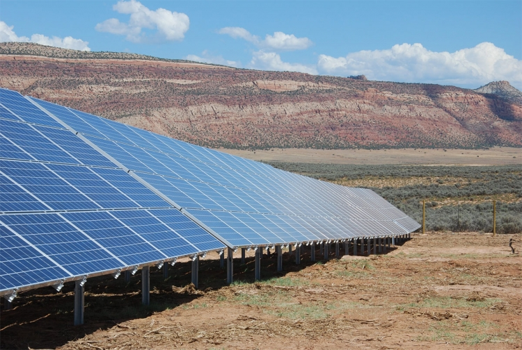 A community solar farm in Colorado. GTM Research has predicted that GTM predicts that the community solar sector in the US will grow 59% between 2014 and 2020. Image: Clean Energy Collective / Martifer Solar USA.