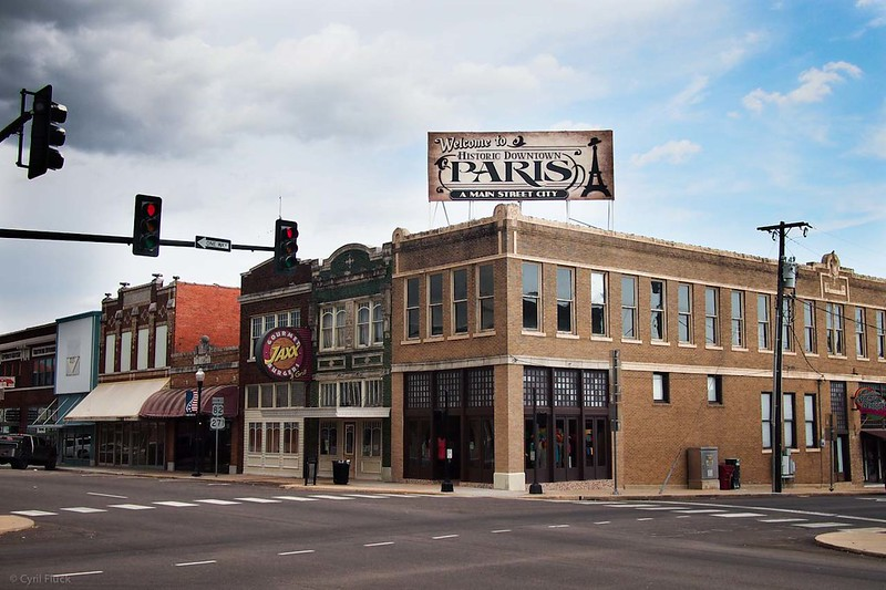 View of Paris, the seat of Texas' Lamar County. Image credit: Cyril Fluck / Flickr.