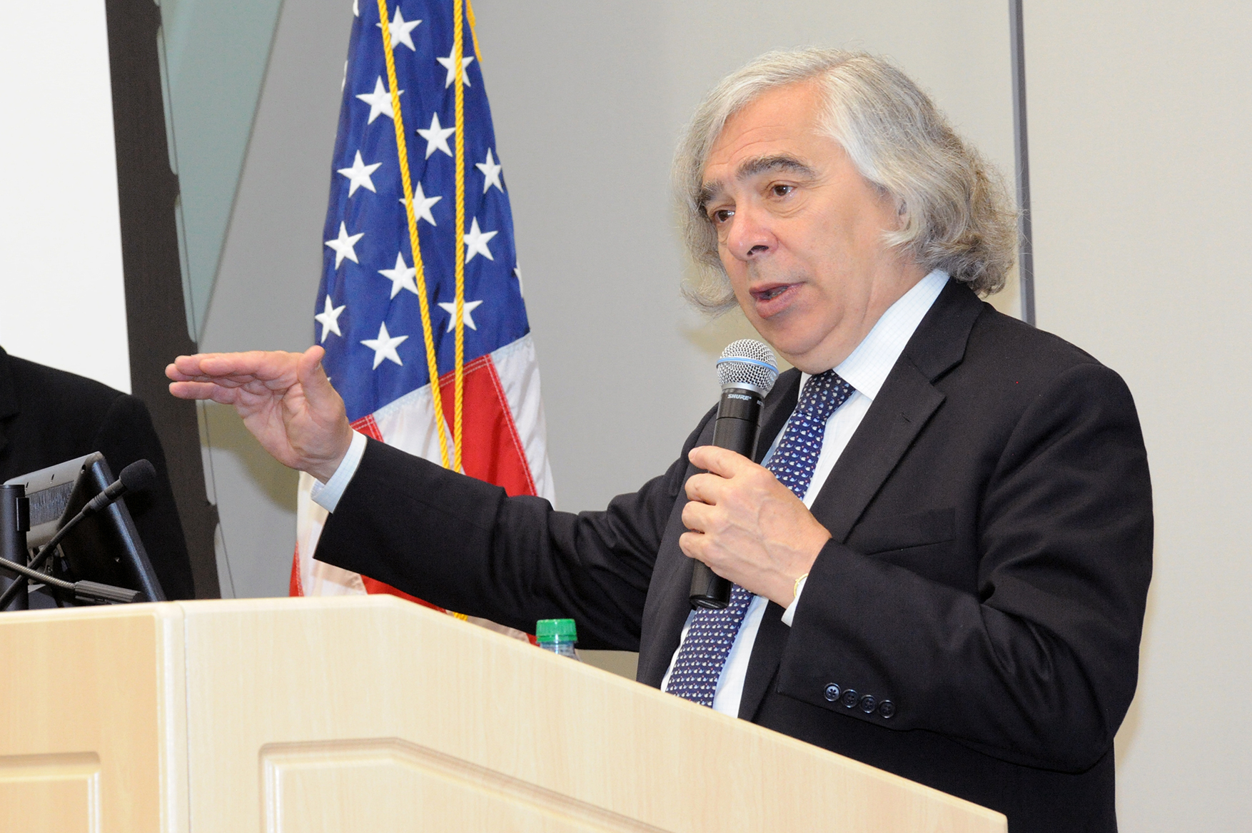 US Secretary of Energy Ernest Moniz discussed the gains made by the renewable-energy market in his exit memo. Image: Idaho National Laboratory / Flickr