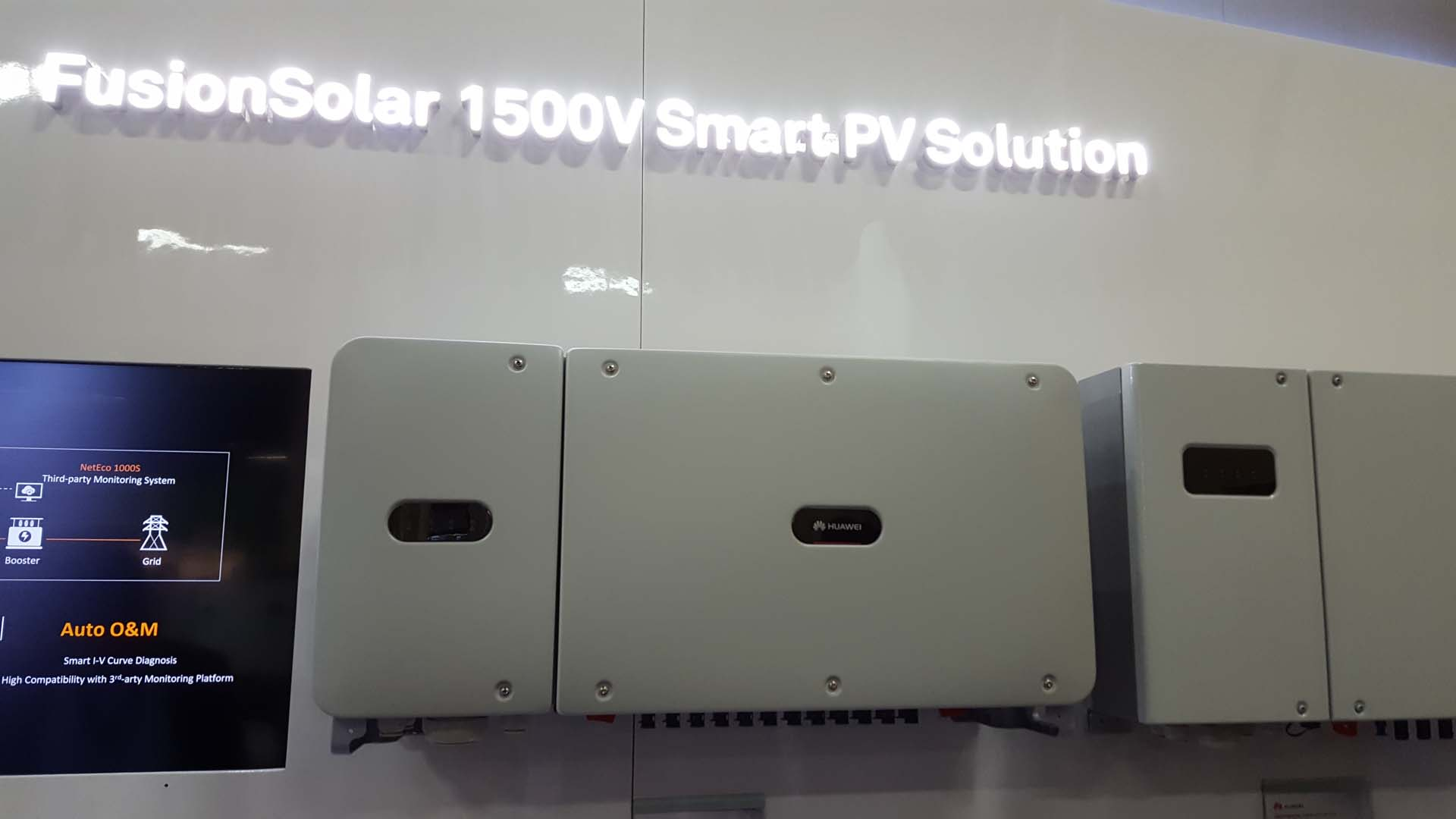 At Solar Power International 2017 in Las Vegas the continued roll-out of new products continues as energy storage, larger capacity commercial and residential rooftop systems market expand.