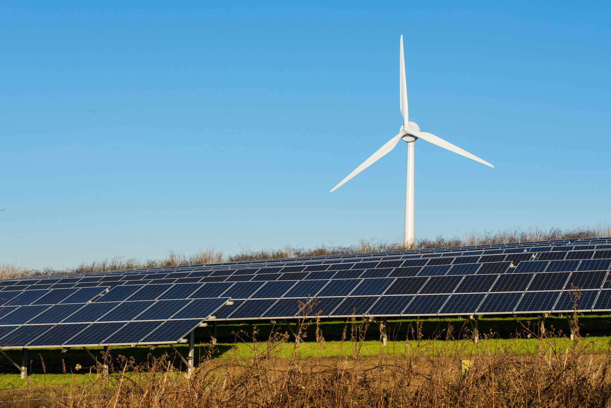 The wind-solar hybrid project is expected to be completed in January 2018. Image: Gerry Machen / Flickr