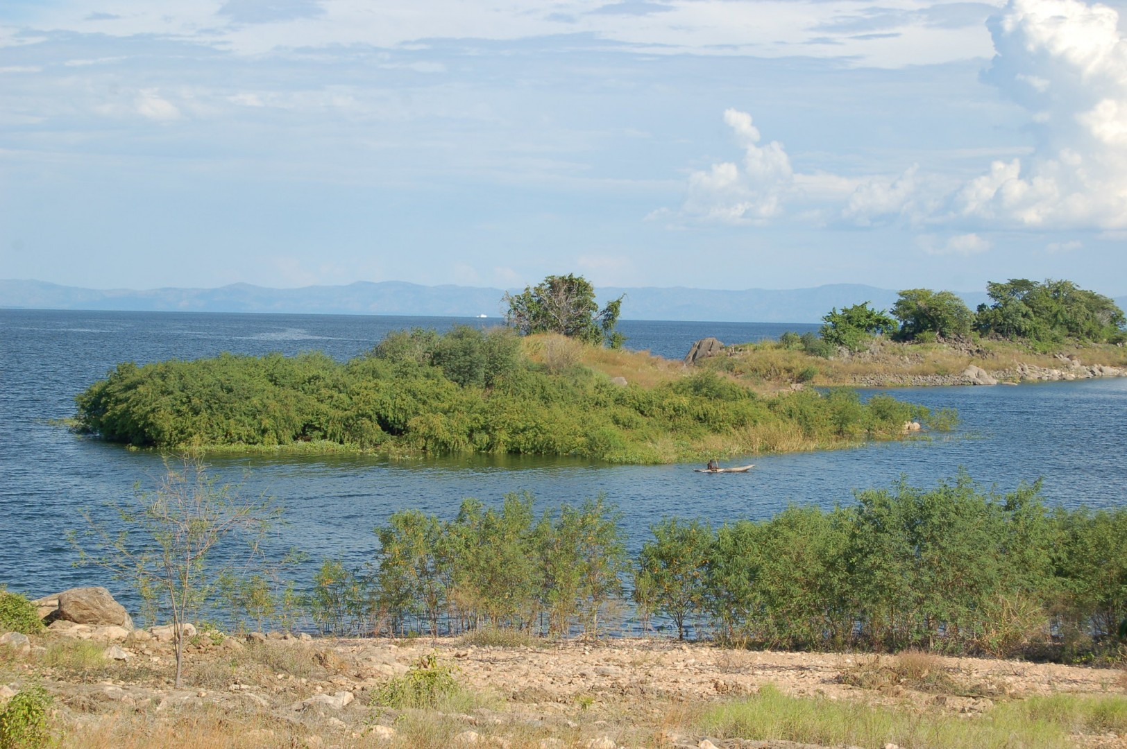 Lake Kariba, the world's largest man-made lake, could act as a giant storage battery to the 2GW of solar under consideration, the government said. Image credit: Joachim Huber / Flickr