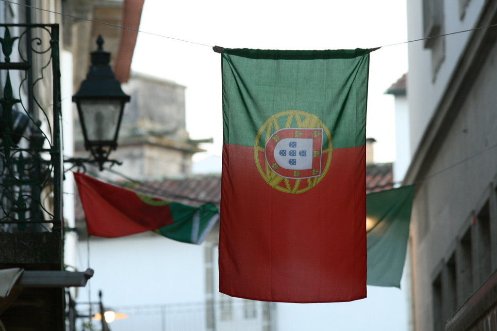 The tender is part of Portugal's plans to push PV capacity from 572MW (2018) to 8.1GW-9.9GW (2030) (Credit: Flickr / Contando Estrelas)
