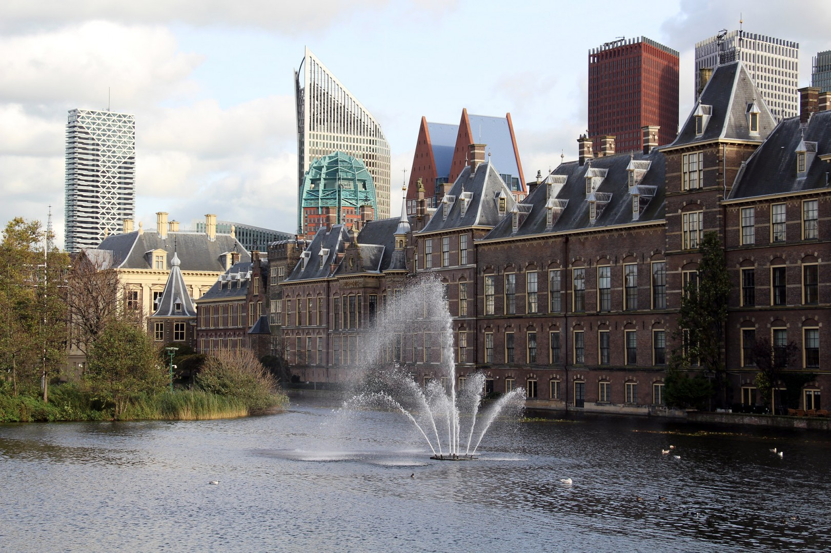 MPs at the Dutch Parliament were close this year to enacting a freeze on ground-mounted PV permits, amid worries over grid congestion (Credit: Flickr / Fred Romero)