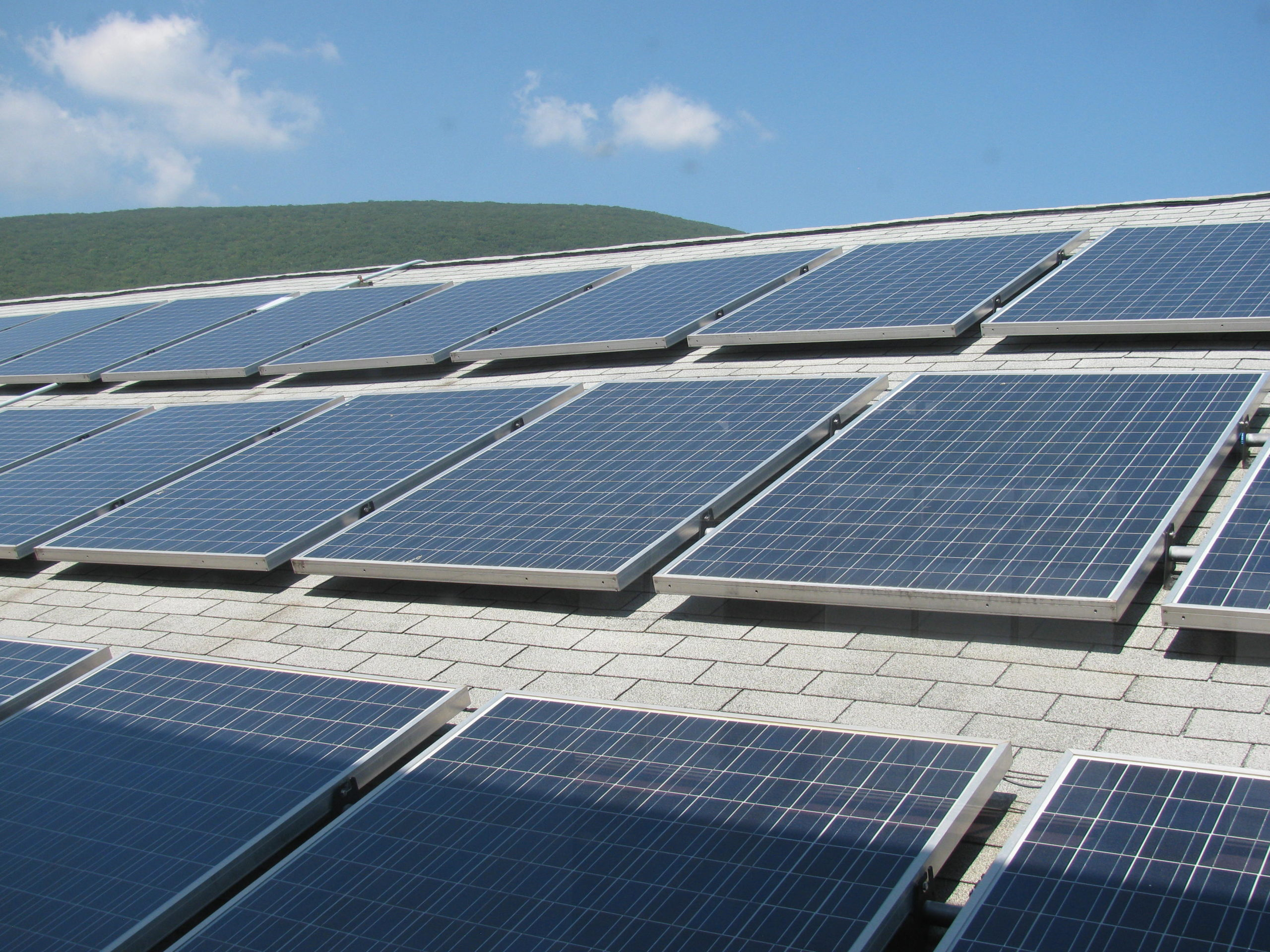 Thanks to a new tax equity with Citi, Spruce will be able to advance the purchase of over US$200 million in new solar lease and PPA projects. Image: Michael Linksvayer / Flickr