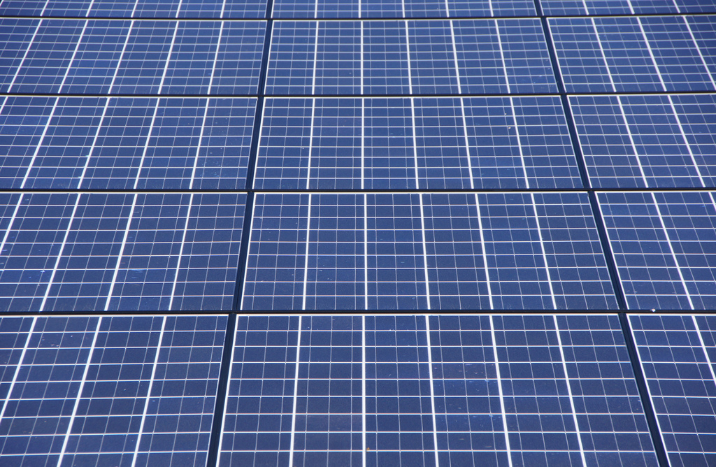 As part of the move, Enviromena will install 4,126 PV panels atop the 400,000 square foot GCSCI facility, located in Dubai's Jebel Ali Industrial area. Image: Martin Abegglen / Flickr