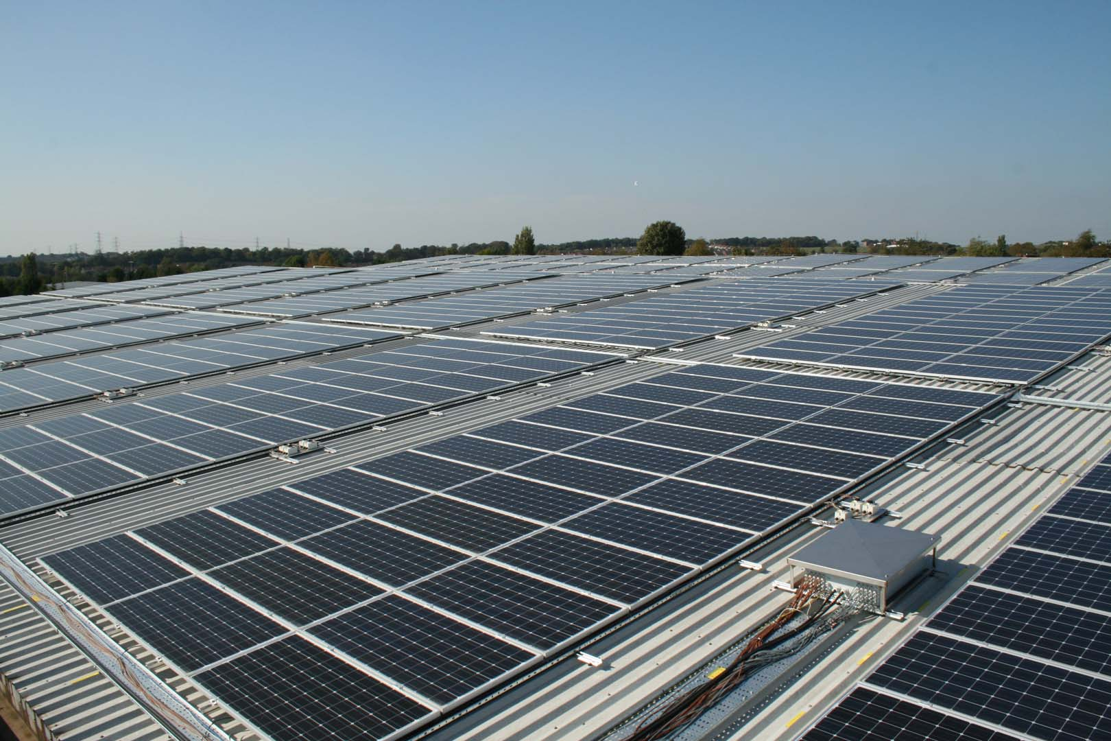 Meralco plans to introduce a new unit for its solar-powered installations.  Image: h080 / Flickr