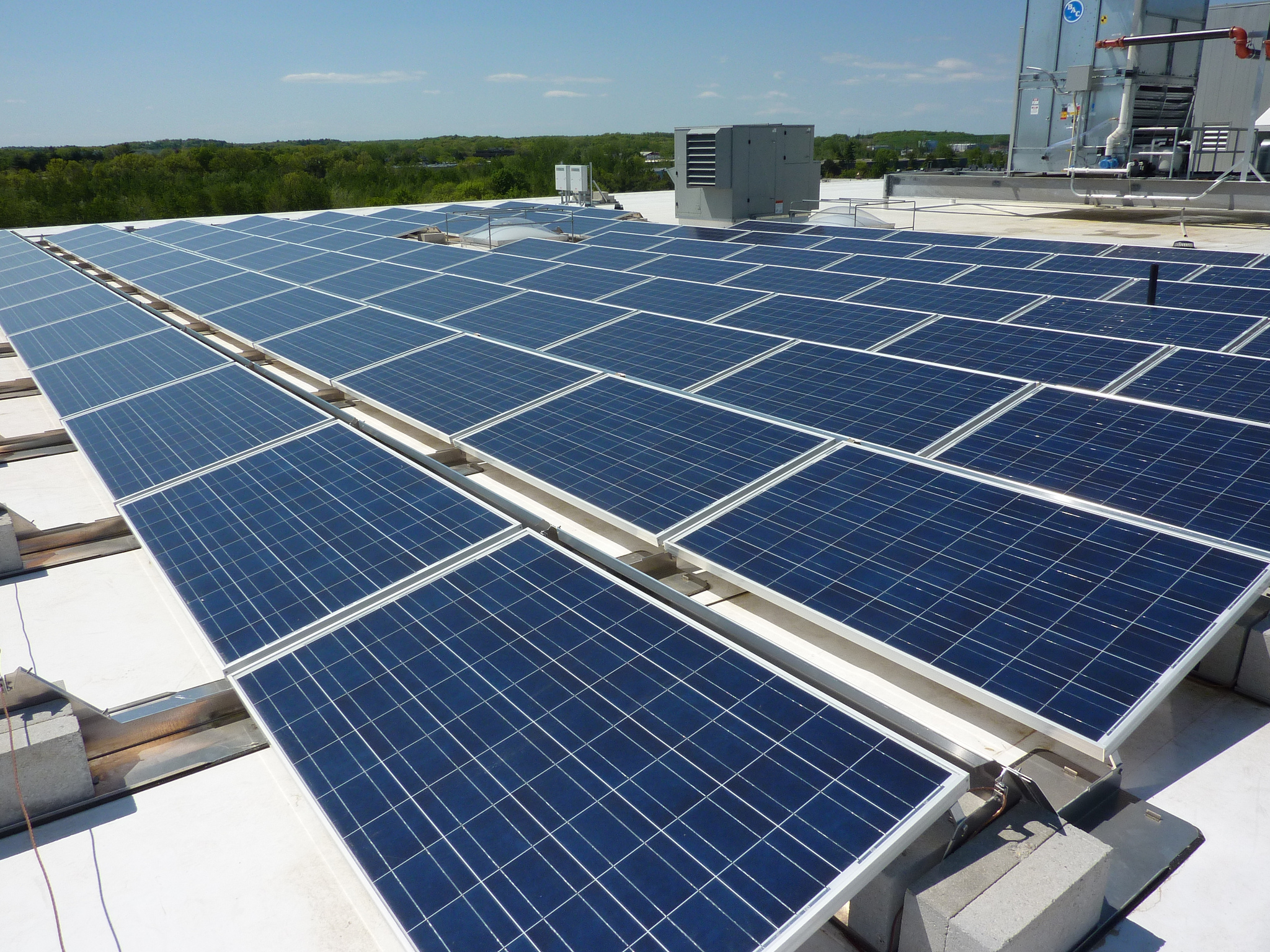 WGL Energy Systems has secured a US$75 million financing package from M&T Bank to provide funding for future PV projects in the US. Image: Cummings Properties / Flickr