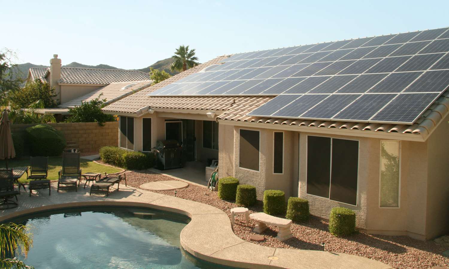 As part of the partnership, up to 150 residential customers in San Jose, California, will recieve smart inverters and/or residential battery storage systems. Image: SolarCity