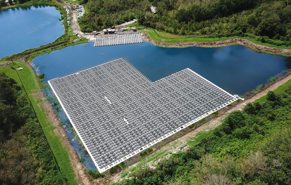 A floating solar project in Altamonte Springs, Florida, built by D3Energy, which will assist with the Fort Bragg development. Image: D3Energy.