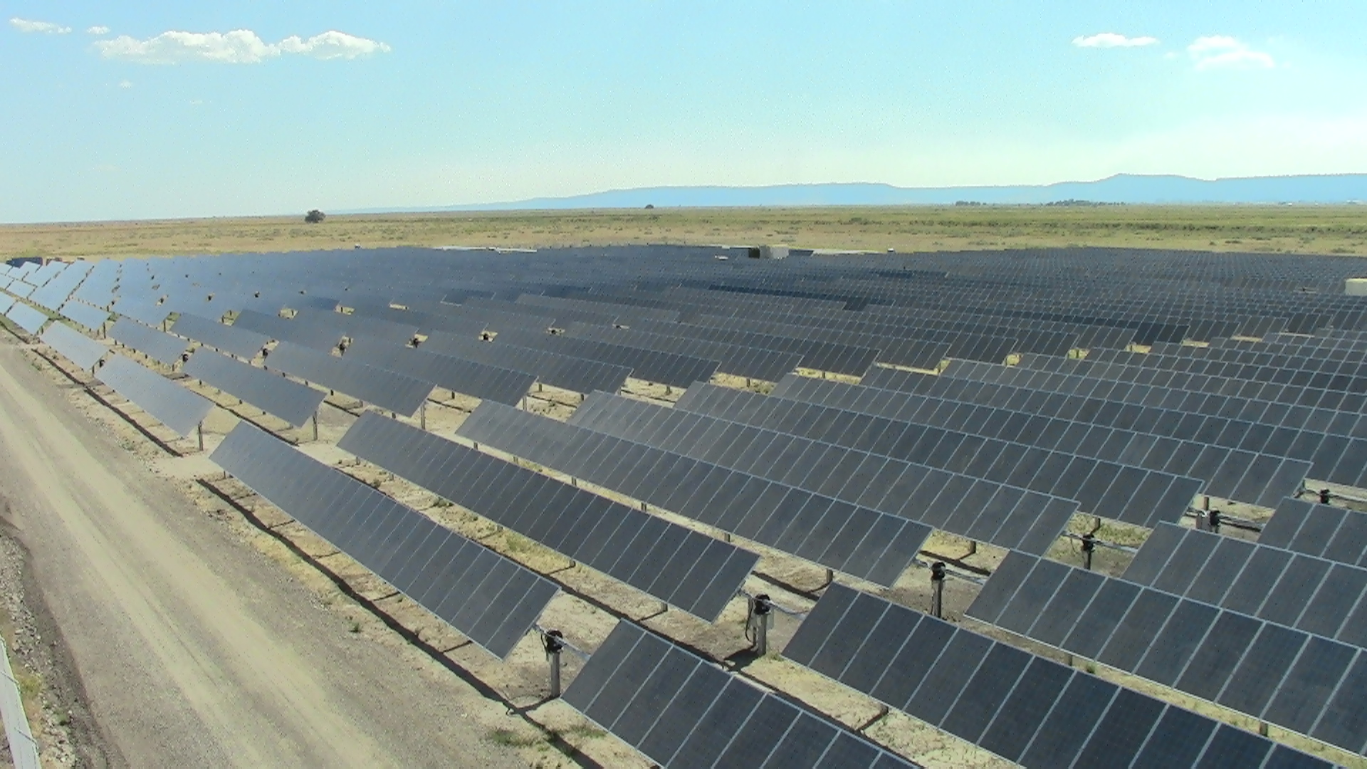 Black Cap Solar project in Oregon, one of Pacificorp's early solar projects. Image: Pacificorp.