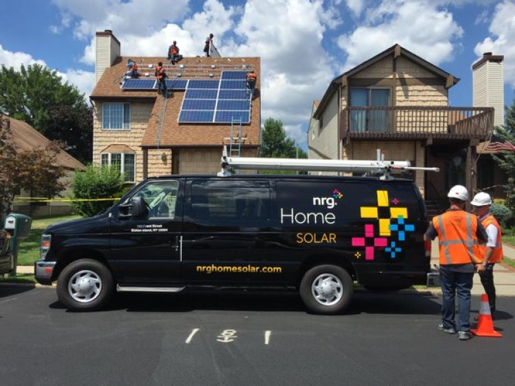According to GTM, NRG Home Solar's market share fell from 1.9% of the total residential market in the first quarter of 2016 to 0.7% in the third quarter, with Volume dropping from 11.6MW to 4MW during that same time period. Source: Twitter
