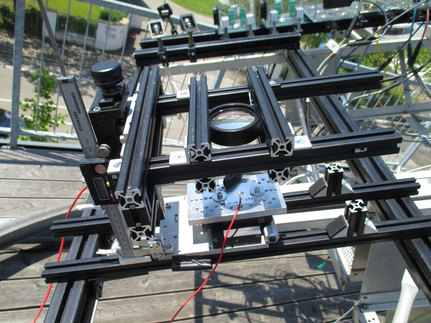The new CPV mini-module reached a world record of 43.3% efficiency at the module level. Image: Fraunhofer ISE.