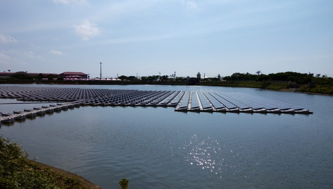 Ciel & Terre has completed a 252kW FPV system wastewater treatment pond in Kelseyville, California, part of four projects in the US totalling 5.3MW in the third quarter of 2018. Image: Ciel & Terre 481kW system in Taiwan.