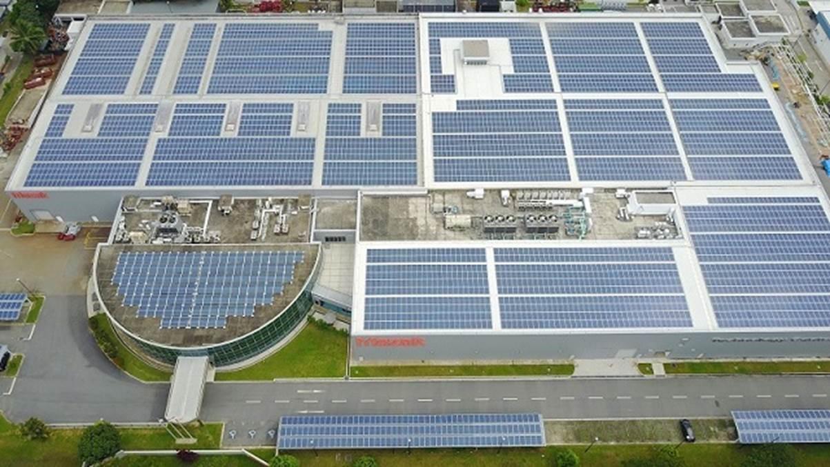 Cleantech Solar's rooftop system for Yamazaki Mazak. Image: Cleantech Solar.