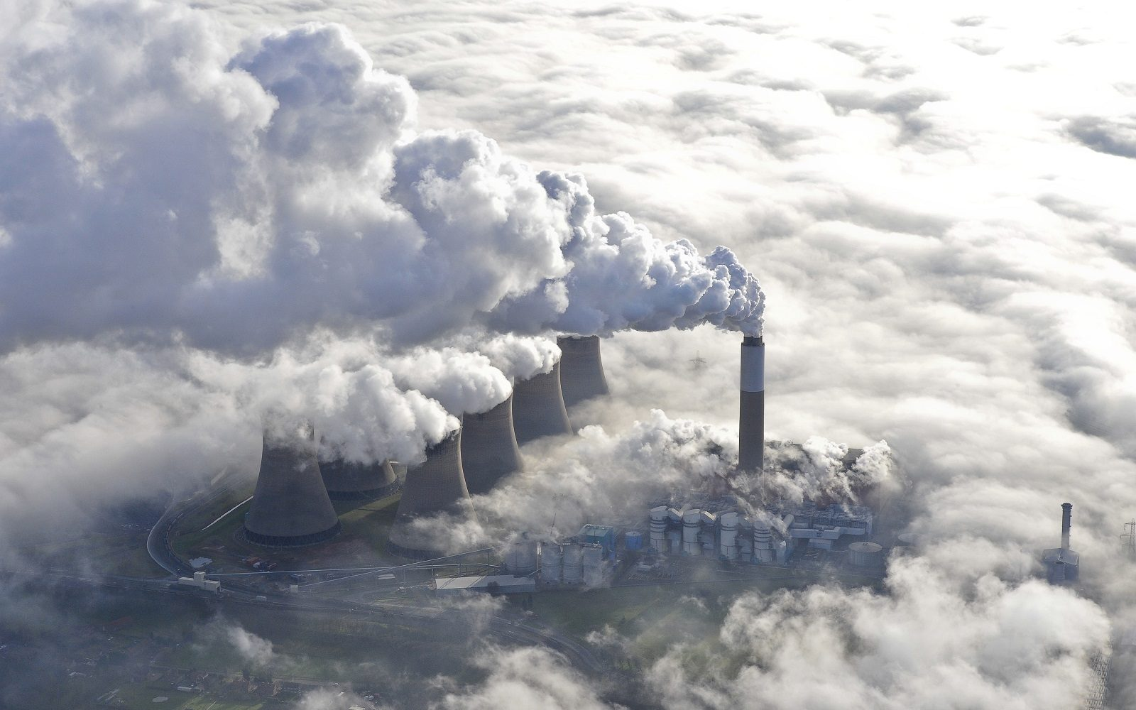 The Cottam coal power station, which has been shuttered in the UK. Image: EDF.
