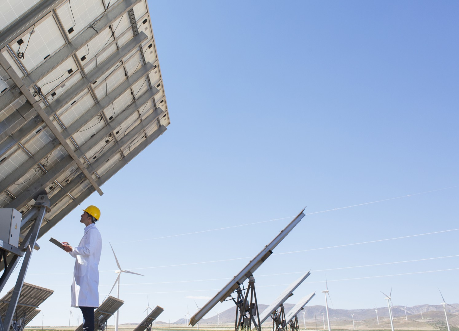 According to DuPont Photovoltaic and Advanced Materials latest 'Global PV Reliability Study' that focuses on field inspection and analysis of 6.5 million modules, 355 installations and 1.8GW of total power, PV backsheet material defects have increased by a significant 47% from the 2018 report. Image: DuPont
