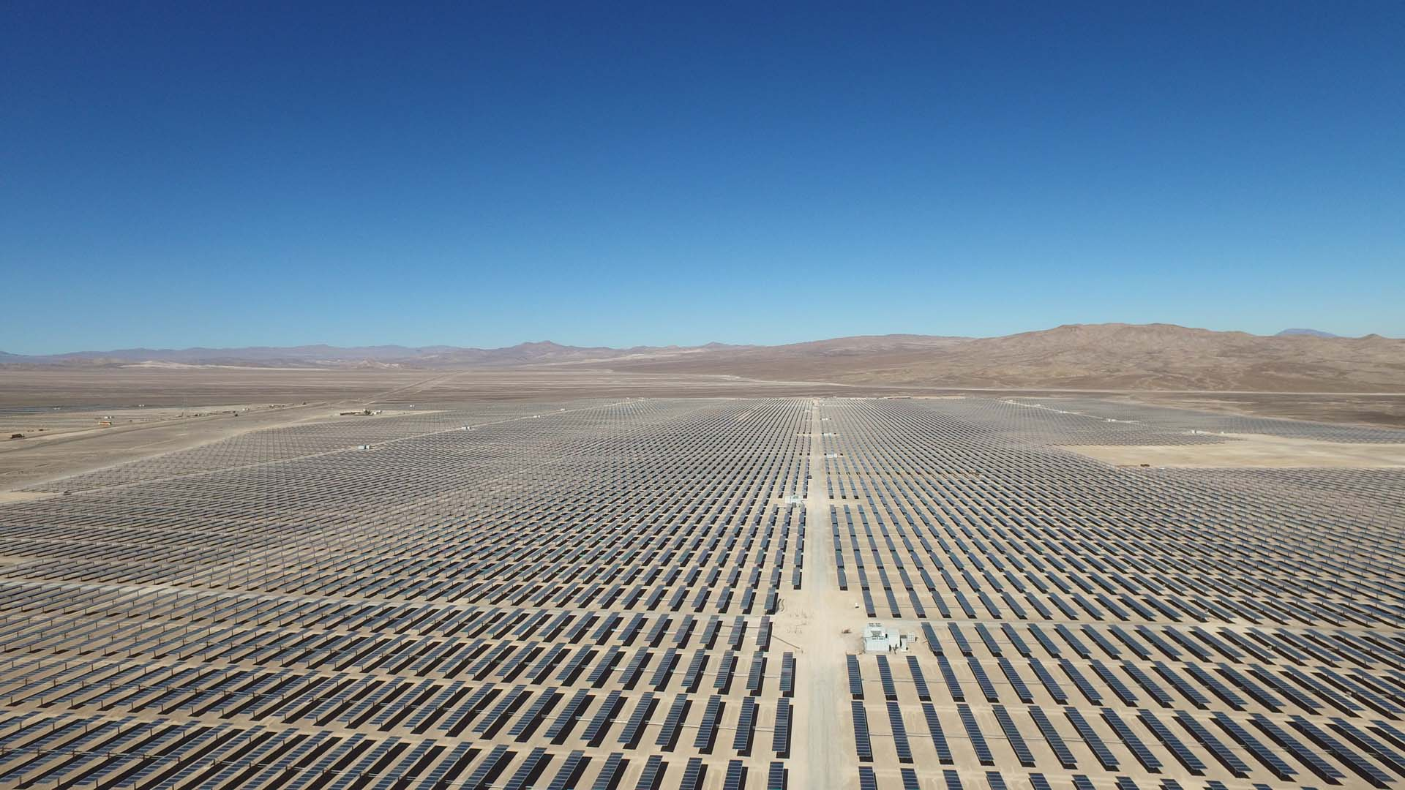 Exosun's horizontal single-axis solar tracker Exotrack HZ. Source: Exosun/EDF EN