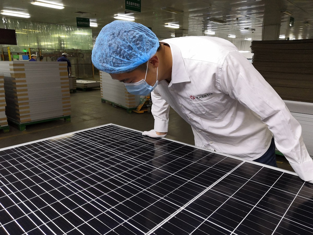 Testing and factory inspections are key measures in controlling the uncertainties and variabilities in bifacial PV technology. Image: Enertis