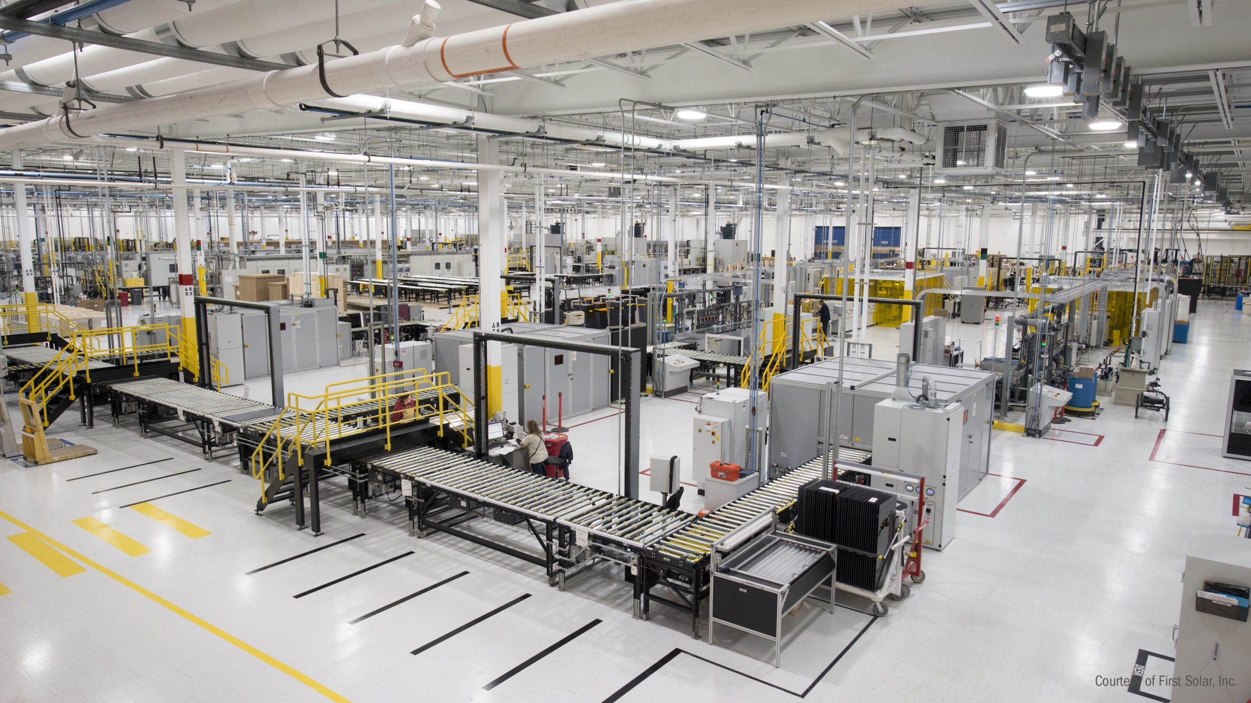 First Solar management highlighted that a decision to restart 2 idled production lines in Perrysburg, due to increased demand for its modules, would result in shipments of around 3.1GW, up from previous guidance of 2.7GW to 2.8GW. Image@ First Solar