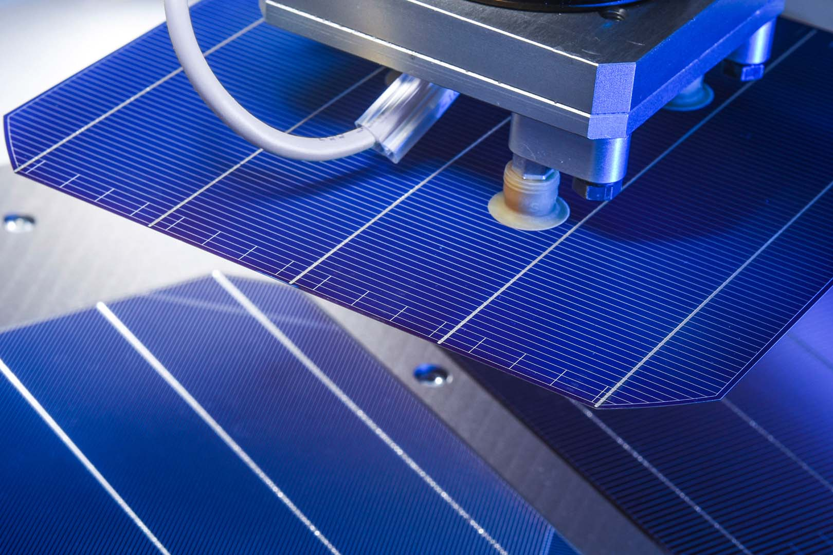 Technology investments into advanced PV cell manufacturing have been at record levels in the past few years, with high-efficiency concepts seeing investment levels not seen since the days of turn-key thin-film lines a decade ago. Image: Fraunhofer ISE