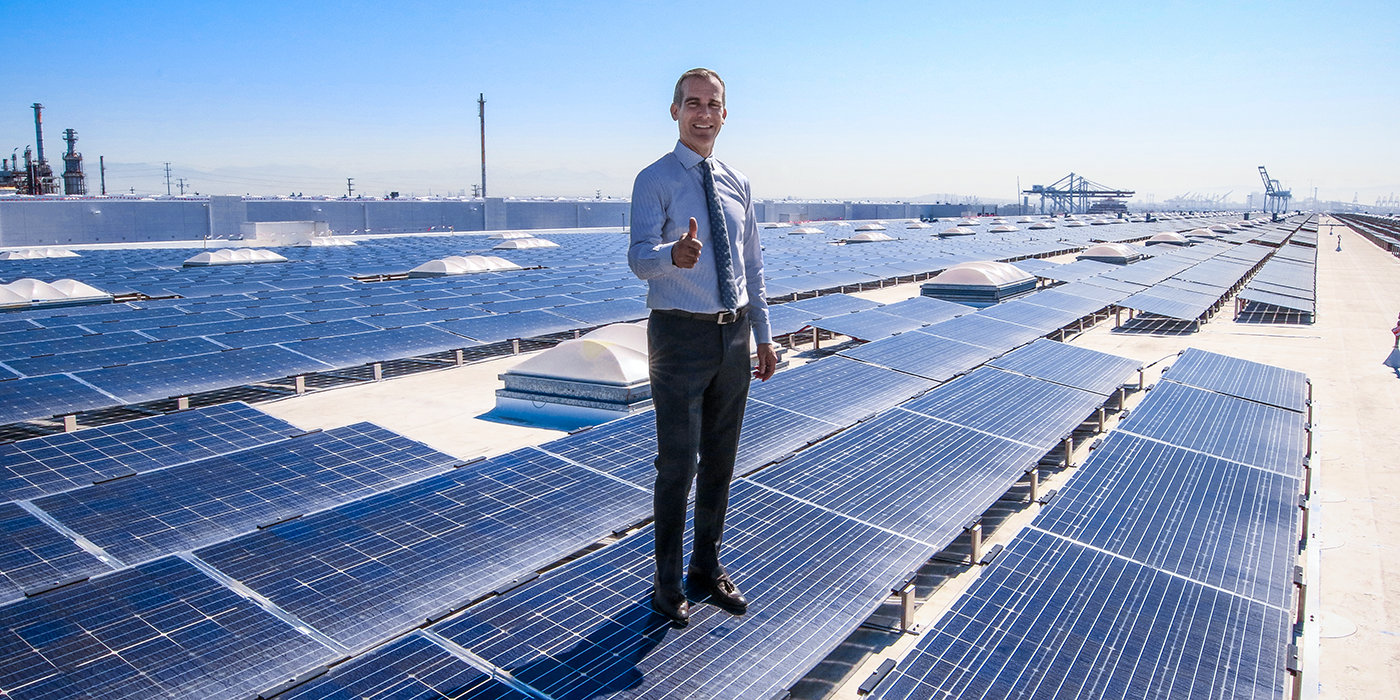 Los Angeles mayor Eric Garcetti stands atop the 16.4MW Westmont Solar Energy project. Image: Office of Eric Garcetti