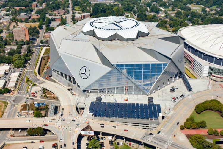 The Atlanta Falcons' new NFL arena, Mercedes Benz Stadium, possesses a solar array capable of generating enough electricity to power 10 home games each season. Image: Georgia Power