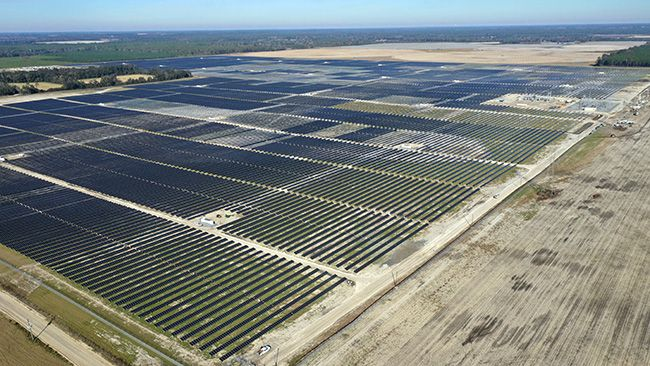 DEF currently owns and operates nearly 100MW of solar energy resources throughout its regulated service territory. Image: Duke Energy