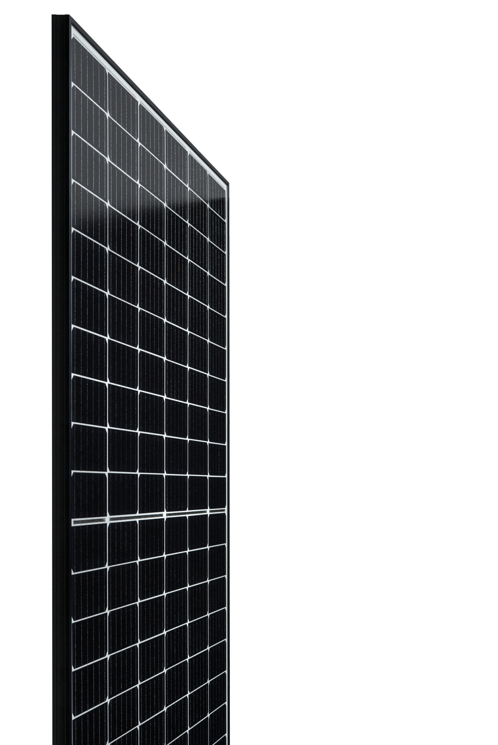 Hanwha Q CELLS Q.PEAK DUO-G5 module and Q.PEAK DUO BLK-G5 version use monocrystalline half-cut PERC (Passivated Emitter Rear Cell) technology in a six bus bar design, enabling module power classes up to 330Wp and 320Wp, respectively.