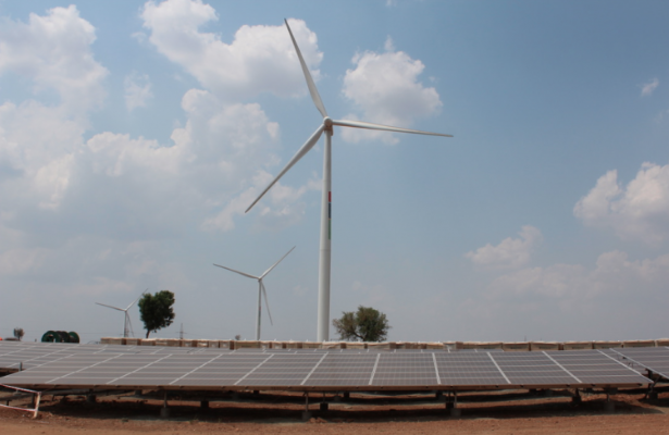 Hero Future Energies' soalr wind hybrid project in Karnataka, the first large-scale hybrid in India. Credit: Solar Media
