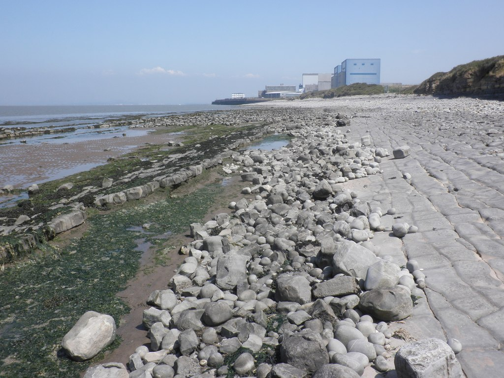 A view of the Hinkley Point nuclear station from the west. Source: Roger Cornfoot, Creative Commons