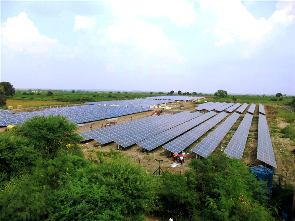 MNRE made clear that it wants to give assurance to renewable energy developers and the investor community about its long-term commitment to the clean energy sector. Credit: IBC Solar