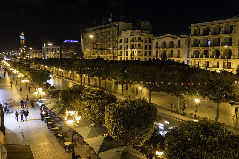 The streets of Tunisian capital Tunis lit up at night. Source: Dan Sloan, Flickr.