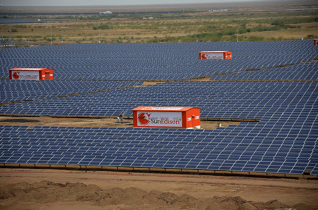 The grid-connected capacity to be installed in the Charanka Solar Park, will be divided into three 50MW projects under open category. Credit: SunEdison