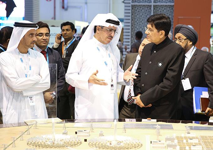 Indian minister Piyush Goyal (right) meets with DEWA's Saeed Mohammed Al Tayer in Abu Dhabi. Image: DEWA.