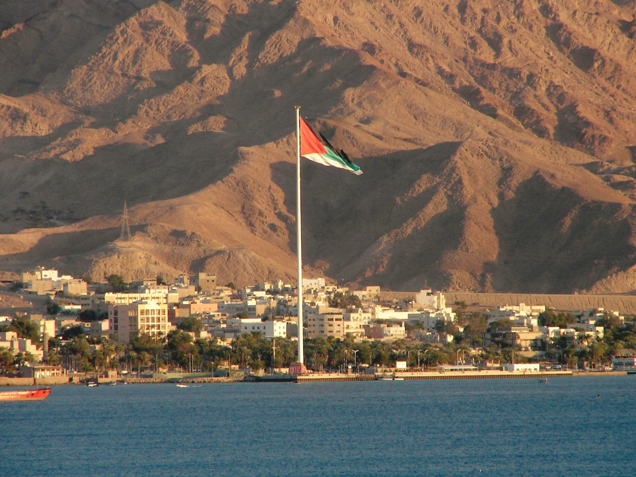 Jordan's Ministry of Energy and Mineral Resources has chosen TSK and Enviromena to build a 120MWp PV system. Image: Aviad2001, Wikimedia Commons.