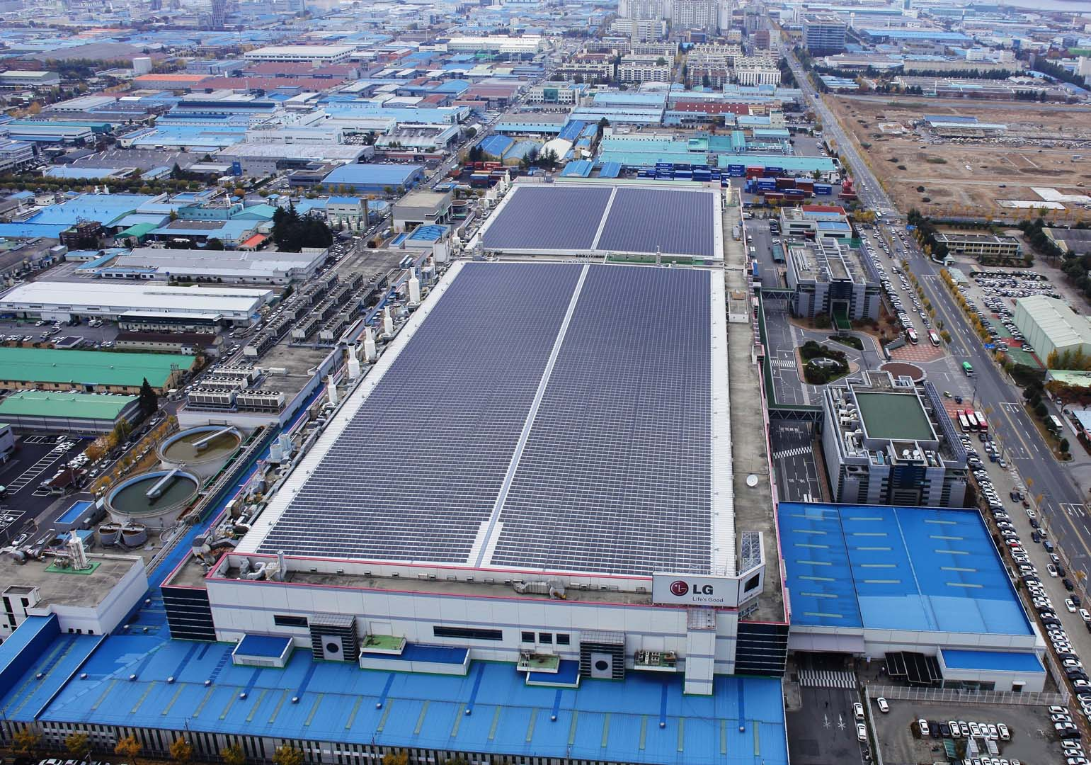 LG's solar manufacturing facility in Gumi (pictured) will see six new production lines added. Image: LG.