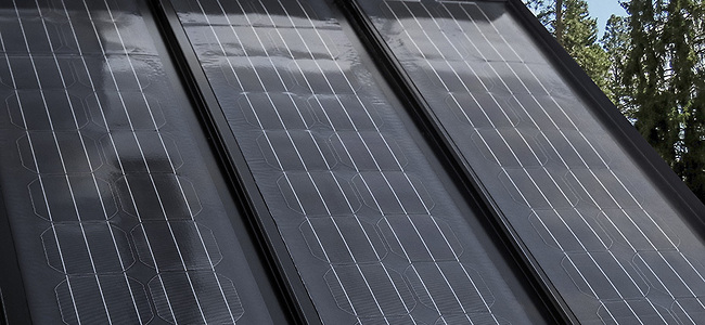 Flexible and lightweight modules allow for new and creative PV applications, such as; membrane roofs, portable power plants, marine installations, vehicle usage, landfill covers or other infrastructure projects. Image: Midsummer
