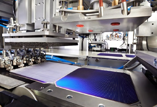 Meyer Burger has secured a CHF 22 million (US$22.5 million) order from Russia-based integrated solar module manufacturer to covert to heterojunction (HJ) and bifacial cell production and 'SmartWire' module assembly. Image: Meyer Burger