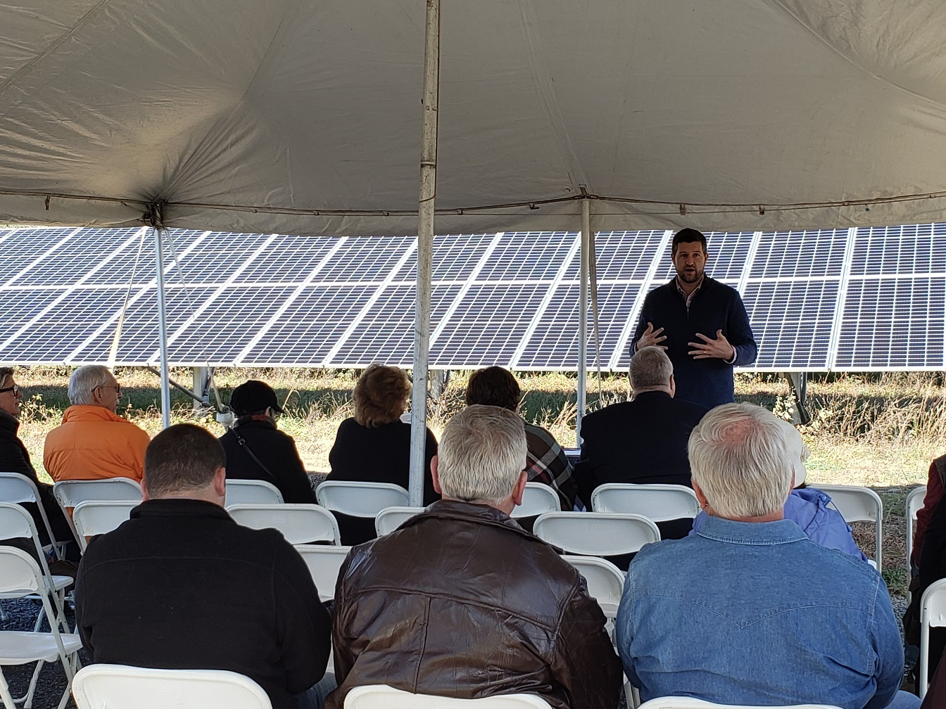 A ribbon cutting ceremony at a previously-finished community solar project by Nexamp in Rochester, NY. Image: Nexamp.