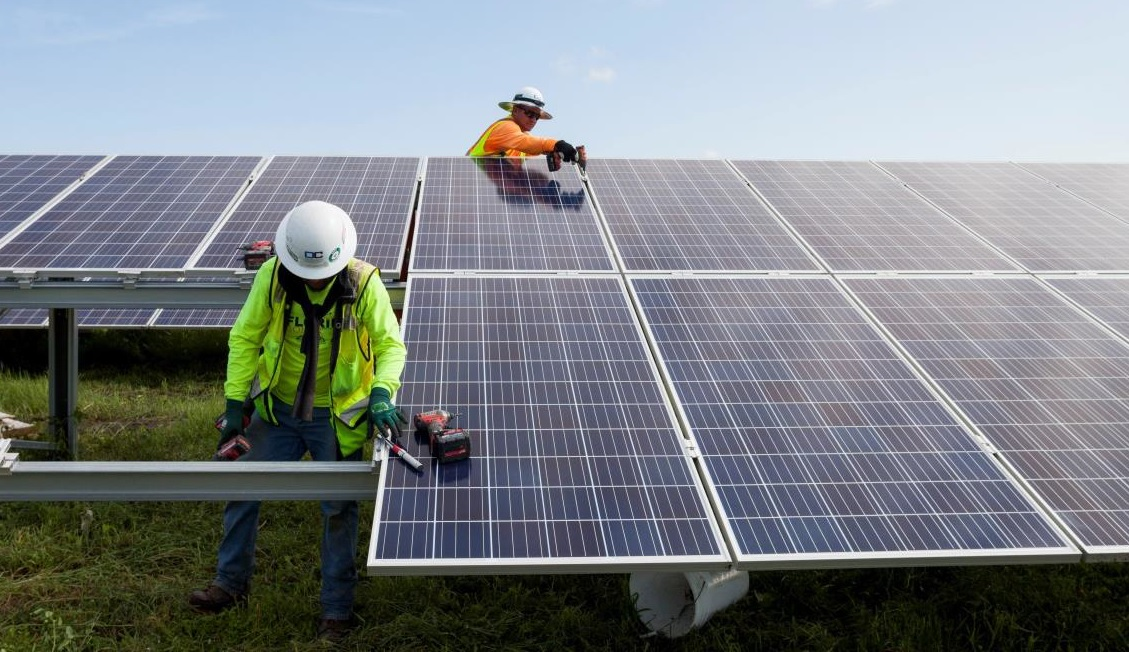 With solar industry funding declining by 24% to US$9.7 billion in 2018, compared to US$12.8 billion raised in 2017, trade and policies issues created uncertainties in the finance sector, which could linger through 2019. Image: NextEra