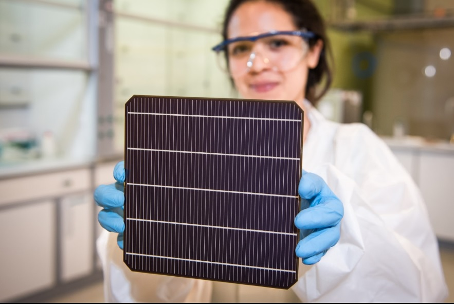 "Frank P. Averdung, Chief Executive Officer at Oxford PV commented, ""Oxford PV's move to commercial manufacturer is building momentum. We now have the orders placed for our first 125 MW perovskite-on-silicon solar cell manufacturing line."" Image: Oxford PV"
