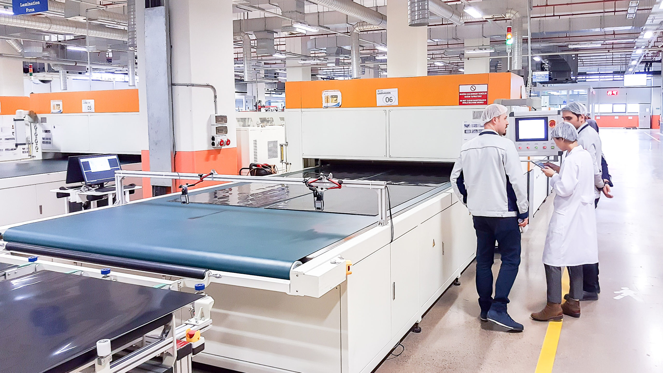The Photovoltaik-Institut Berlin (PI Berlin) has released a new study analysing over time its solar PV panel quality control audits that have topped 250 at more than 120 panel manufacturers worldwide to highlight the current status of 'quality'. Image: PI Berlin