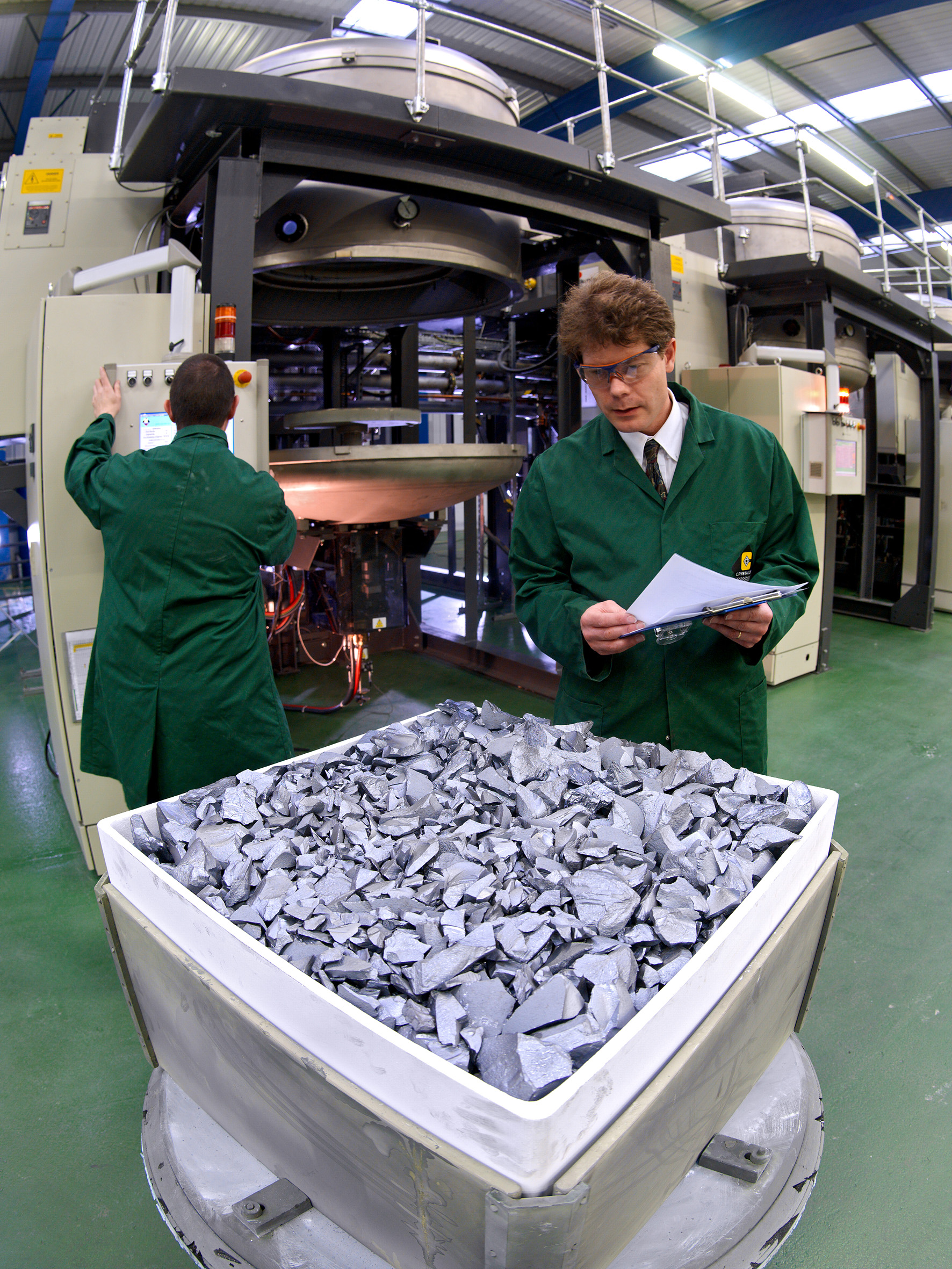 The company had previously planned to phase out the production of multicrystalline ingots using its DSS furnaces during 2017. Image: PV Crystalox