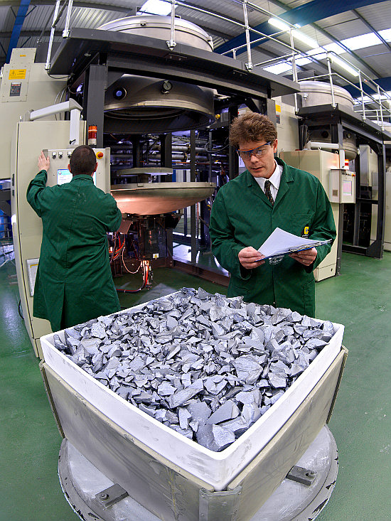 Market research firm IHS said that FiT (feed in tariff) changes mid-year in China is expected to drive polysilicon demand and price increases in April that could top US$19/kg, up from US$12/kg before Chinese New Year in February. Image: PV Crystalox