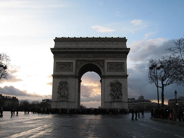 Arc de Triomphe, Paris. Photographed in April 2008 by Wilhelm Lappe. Source: Flickr