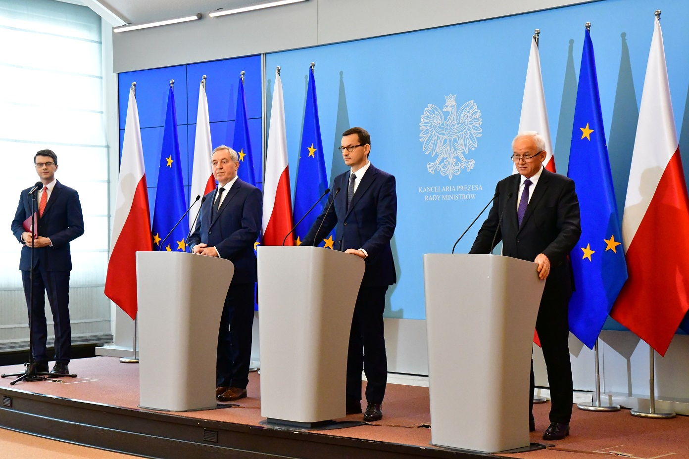 Prime minister Mateusz Morawiecki (centre) said Poland wants to bring about