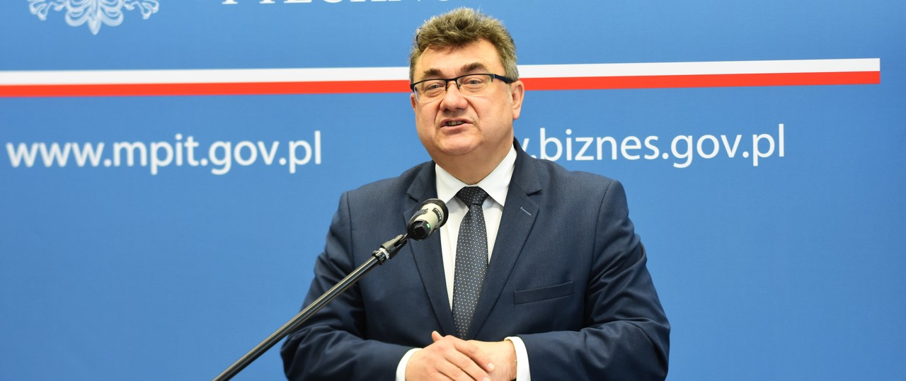 The scheme unveiled by deputy minister Tobiszowski will cover purchases and assembly of solar panels (Credit: Polish government)