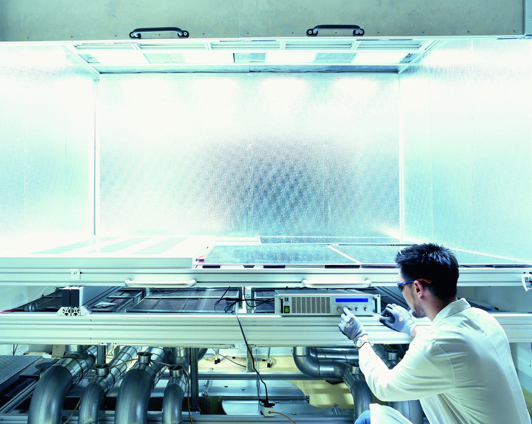 Cell and module testing at Hanwha Q Cells: Image Hanwha Q CELLS