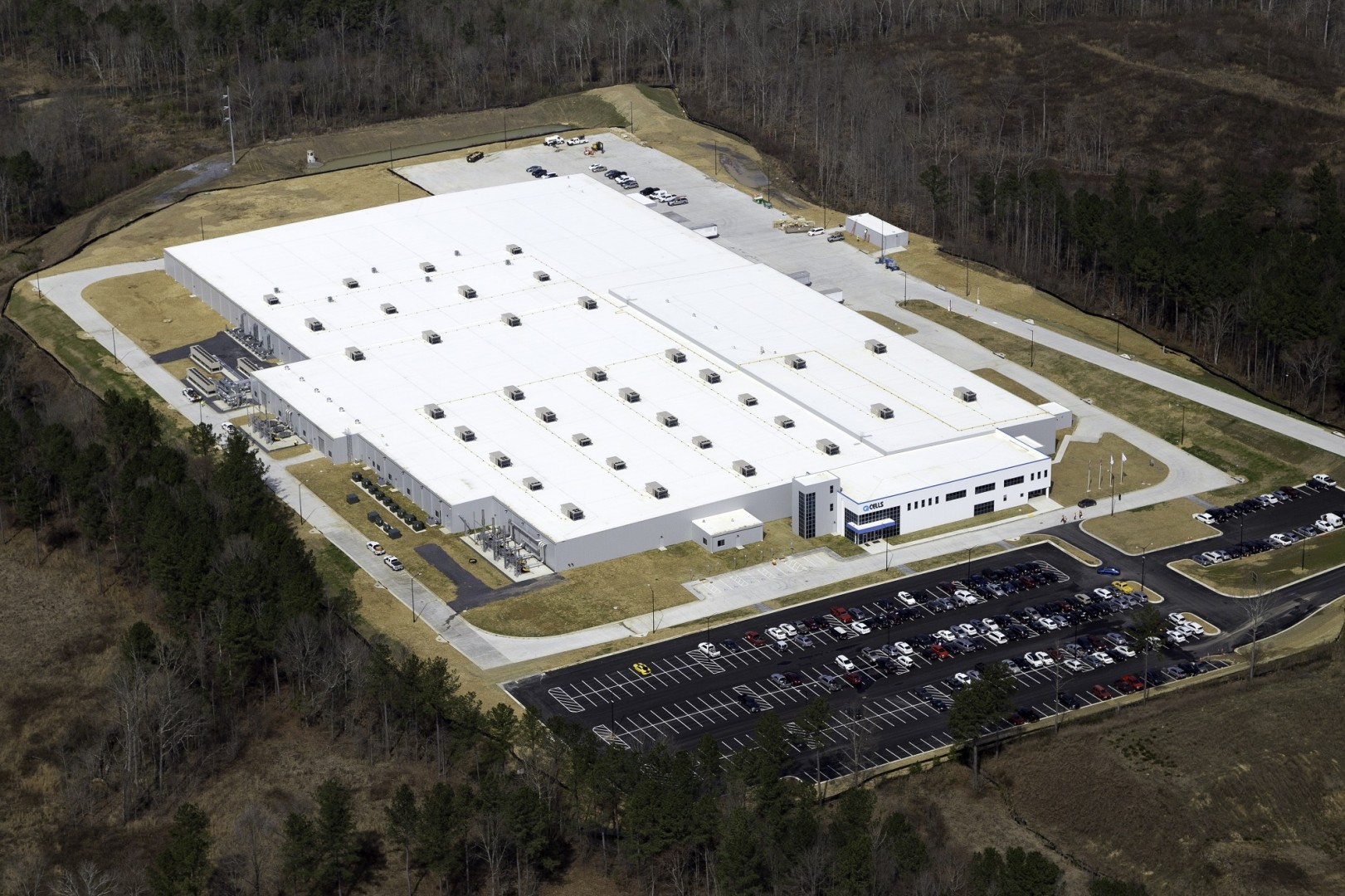 Q CELLS solar panel facility in Dalton, Georgia is one of the largest in the western hemisphere. Source: Q CELLS